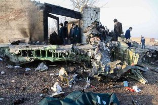 Se estrelló un avión de una compañía ucraniana en Irán: hay 176 muertos