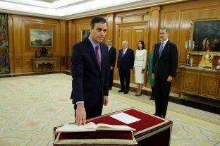 Pedro Sánchez juró como presidente del gobierno español