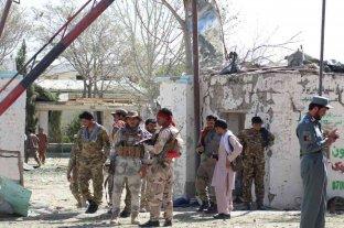 Un ataque de drones en Afganistán dejó decenas de civiles y milicianos talibanes muertos