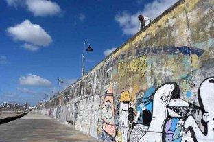 Mar del Plata: una mujer murió tras caer desde un paredón en la playa La Perla
