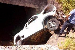 Milagroso rescate: 18 horas atrapado en su camioneta tras volcar en accidente