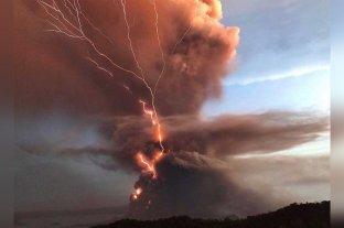 Ya son casi 25.000 los evacuados en Filipinas por el volcán Taal, que ya está en erupción