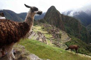 Los dos turistas argentinos pueden ser condenados a seis años de prisión por cometer daños en Machu Picchu