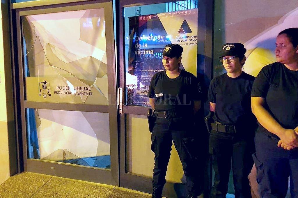 Durante una de las marchas fue atacada la sede judicial. <strong>Foto:</strong> Gentileza Diario Castellanos