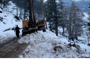 Pakistán: casi un centenar de muertos en la peor caída de nieve de los últimos 30 años