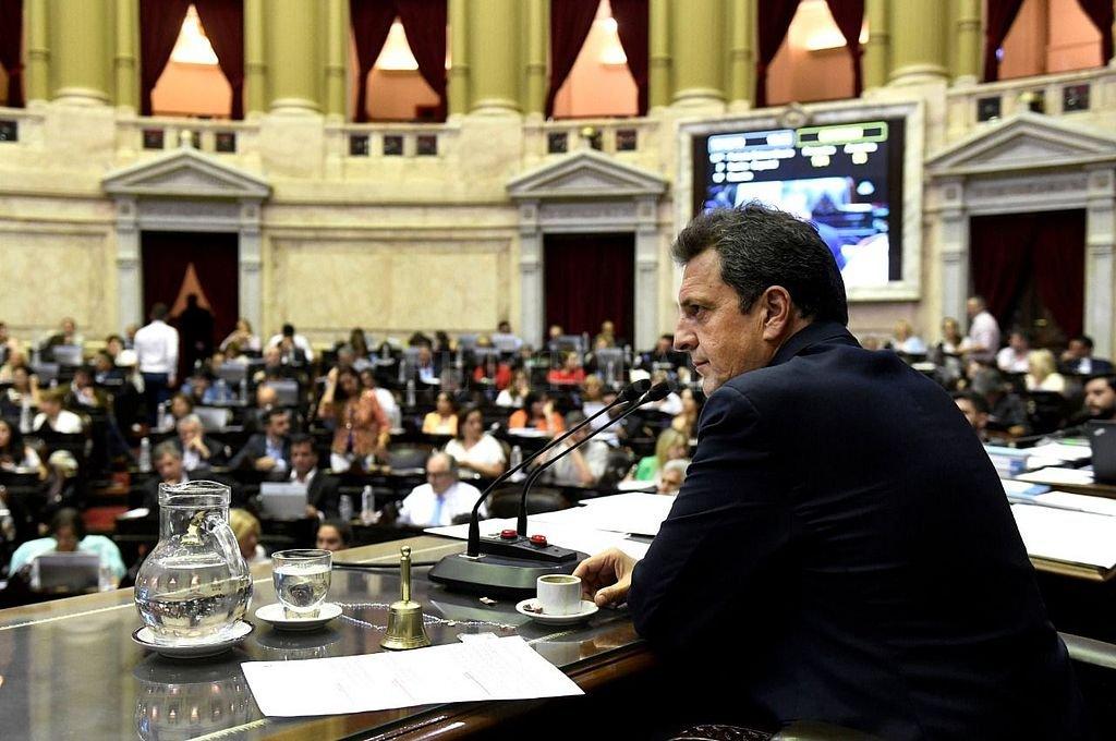 Sergio Massa preside Diputados. El tigrense mantiene un estratégico acercamiento con Máximo Kirchner para darle a Alberto Fernández la base de los votos que necesita en la Cámara baja. <strong>Foto:</strong> HCD