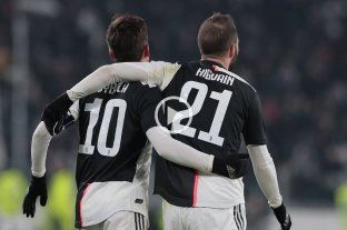 Dybala e Higuaín llevaron a Juventus a los cuartos de la Copa de Italia