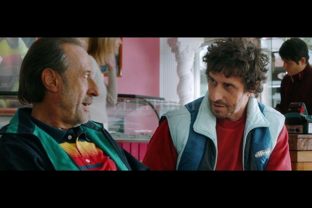 Guillermo Francella como Luis Mario Vitette Sellanes y Diego Peretti como Fernando Araujo, autores del robo. <strong>Foto:</strong> Gentileza Warner Bros.