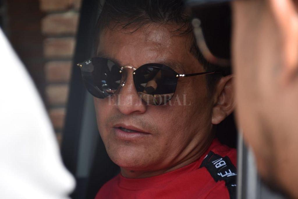 """El Pulga remarcó que """"solucionaron todo"""" con Vignatti - El 10 Sabalero llegando a la reunión -"""