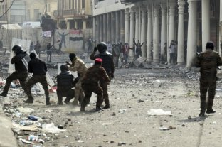 Un muerto y varios heridos en Irak por choques entre manifestantes y fuerzas de seguridad -  -