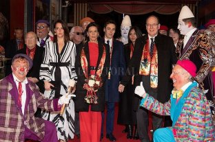 La familia real de Mónaco asistió a su cita anual con el circo