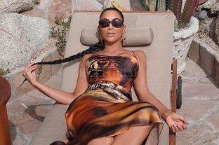 Kim Kardashian vuelve a abusar del photoshop