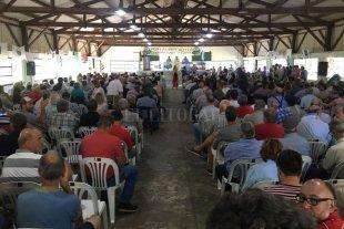 Multitudinaria asamblea en Pergamino pidió medidas de fuerza contra el impuestazo sobre el sector