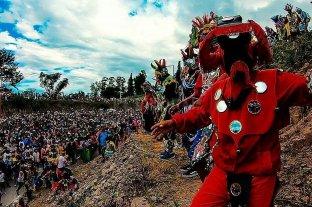 """Multitudinario """"Desentierro del Carnaval"""" en Jujuy"""