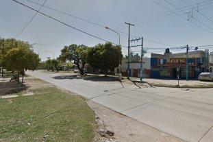 Le metieron un balazo para robarle el celular en barrio Guadalupe -  -