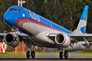 Un avión de Austral debió regresar a Mar del Plata por una falla en un motor