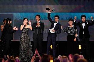 """""""Parasite"""" la máxima ganadora de los SAG Awards"""
