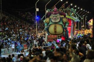 """Más de 35.000 personas en las primeras dos noches del """"Carnaval del País"""""""