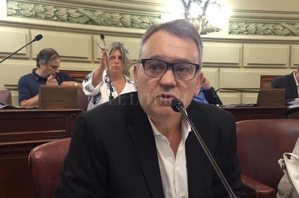 Diputado provincial Gabriel Real.  Crédito: Archivo El Litoral