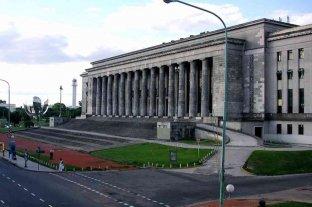 Buenos Aires: apuñalaron a un turista australiano frente a la Facultad de Derecho