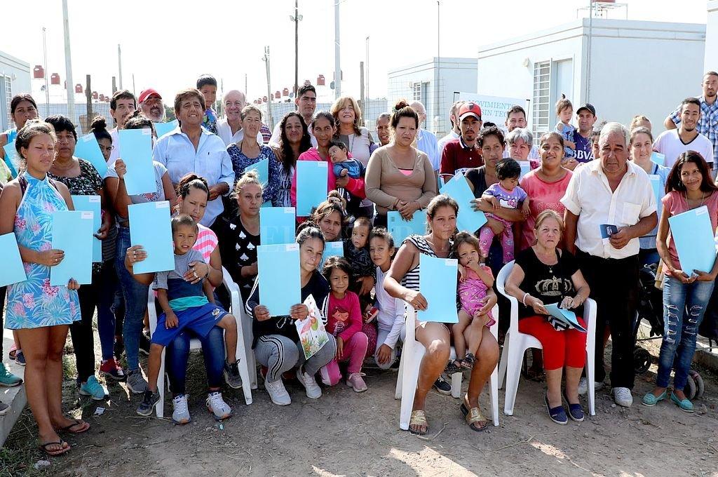 Las familias que antes vivían en condiciones de hacinamiento ahora habitan una vivienda digna. <strong>Foto:</strong> Gentileza MLST