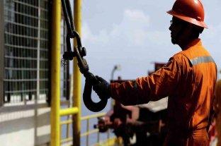 Petroleros piden frenar telegramas de despidos en la Patagonia