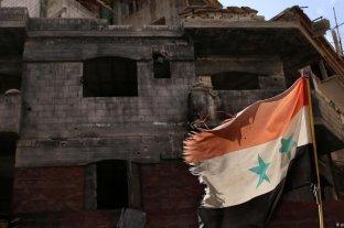Bombardeos en el noroeste de Siria matan a una familia completa