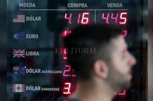Monedas y bolsas caen por temor al riesgo del coronavirus en China