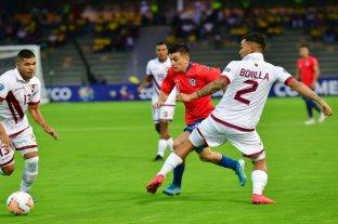 Chile, próximo rival de Argentina, venció a Venezuela y lidera el grupo A del Preolímpico