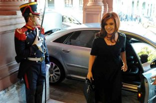 Segundo día de Cristina Kirchner al frente del Ejecutivo