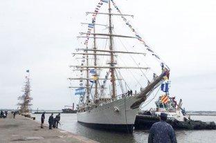 La Fragata Libertad se encuentra en Montevideo, última parada antes de emprender regreso al país