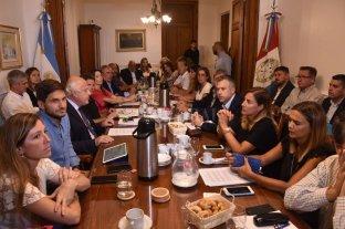 Primeros acuerdos sobre Seguridad  - Más de treinta diputados acudieron a la convocatoria realizada por el presidente del cuerpo, Miguel Lifschitz, para que se reúna la Comisión de Seguridad ante un planteo concreto de Rubén Giustiniani. -