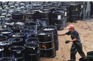 Baja el precio del petróleo en los principales mercados internacionales