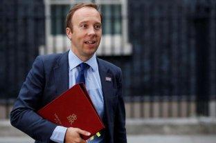 """El Reino Unido se prepara ante una """"mayor probabilidad"""" de que llegue el coronavirus"""