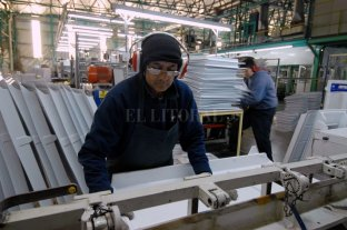 La actividad económica bajó 1,9% durante noviembre