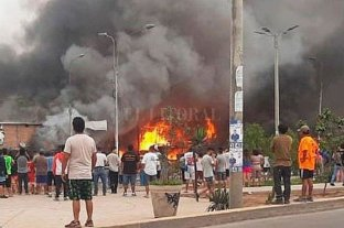 Al menos dos muertos y 48 heridos por explosión de camión cisterna de gas