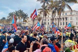 Cantantes y deportistas piden la renuncia de la gobernadora de Puerto Rico
