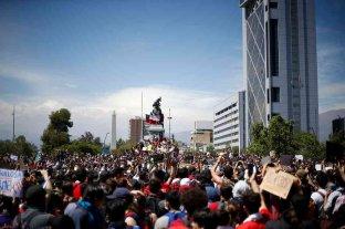 "Miles de chilenos se manifestaron contra la ""represión"""