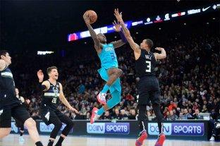 NBA En París: Milwaukee Bucks le ganó a Charlotte Hornets