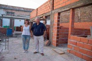 Amaro González anuncia importantes inversiones en materia educativa