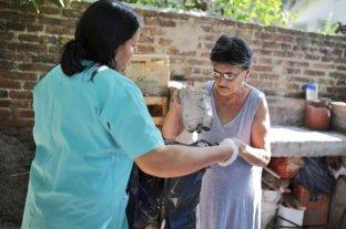 Dengue: continúa el operativo de descacharrado domiciliario - Este lunes se relevaron 13 cuadras, pero el operativo pretende cubrir las 60 que tiene todo San Lorenzo, aseguraron fuentes municipales. -