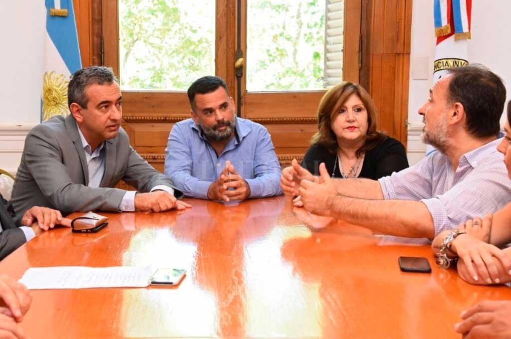 La provincia de Santa Fe aportará la compra de materiales y Nación la mano de obra. Crédito: Gobierno de Santa Fe