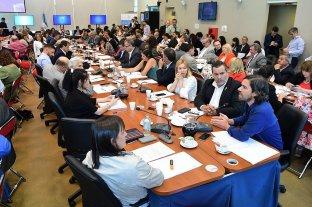 Comisiones de Diputados emitieron dictamen del proyecto sobre deuda externa