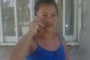 """""""Mis hijos y yo estamos aterrados"""" - Nadia Antonela Perezlindo cuenta con un botón antipánico, pero dice que vive con temor. -"""