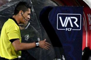 La Conmebol confirmó la utilización del VAR para los octavos de final en Libertadores y Sudamericana