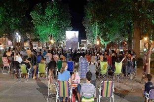 """""""Cine bajo las estrellas"""" este viernes en Pilar"""