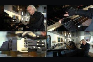 """Joao Carlos Martins vuelve a tocar el piano gracias a unos guantes """"biónicos"""""""