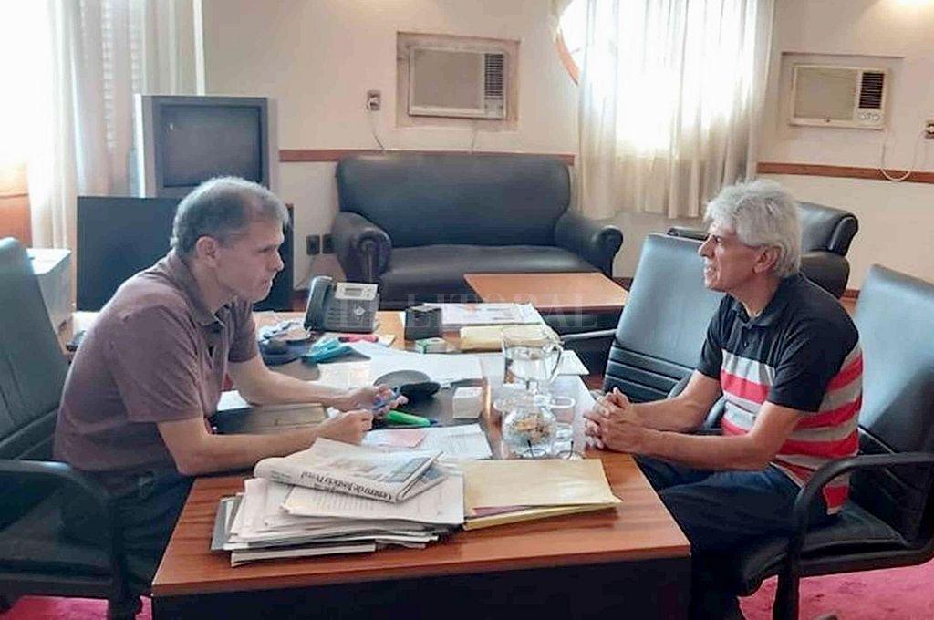 Durante la reunión Baucero y Borgonovo trataron importantes temas en materia judicial para San Javier. Crédito: PRENSA SENADOR JOSÉ BAUCERO