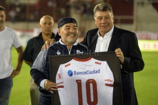 """No nos sirve empatar, tenemos que ganar"", dijo Maradona"