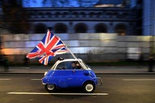 """Reino Unido buscará un acuerdo comercial  """"estilo Australia"""" con la Unión Europea"""